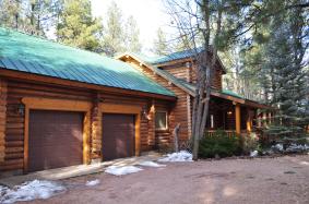 Log Cabin in Pinetop